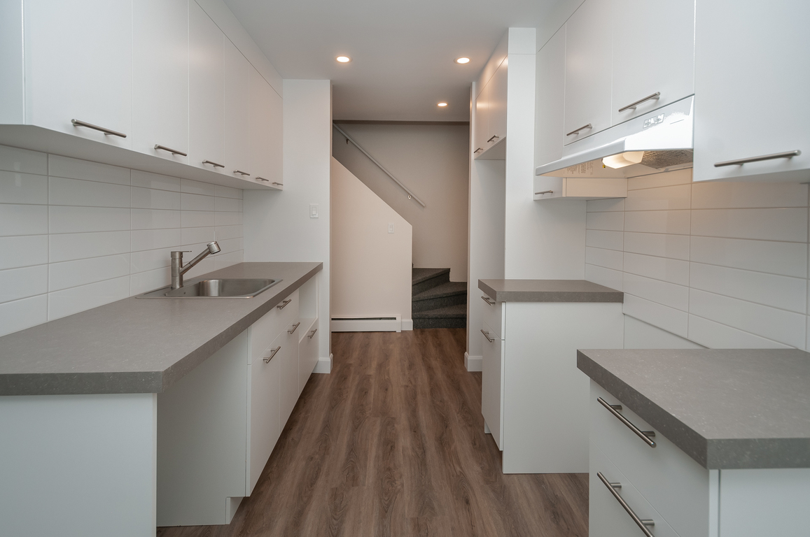 Quebec Townhouse for rent, click for more details...
