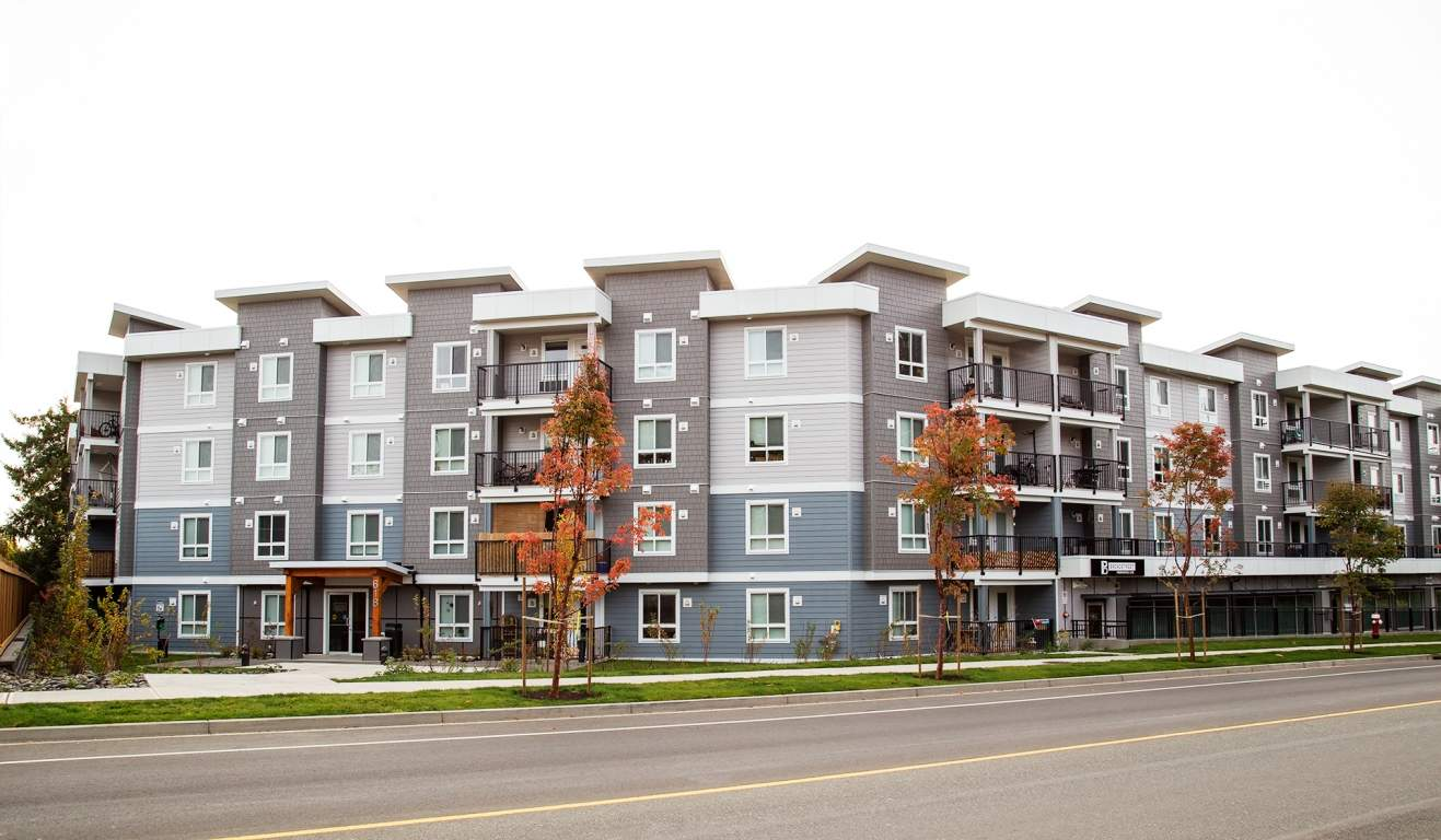 Comox Apartment for rent, click for more details...