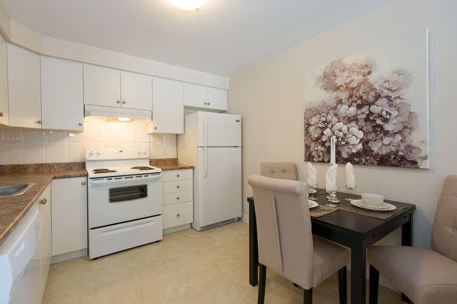Kitchen - 2 Bedroom