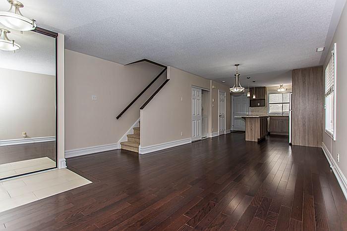 Living Room - 340 Bell St S