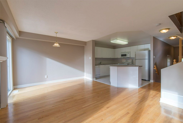 Ottawa South 3 bedroom Apartment