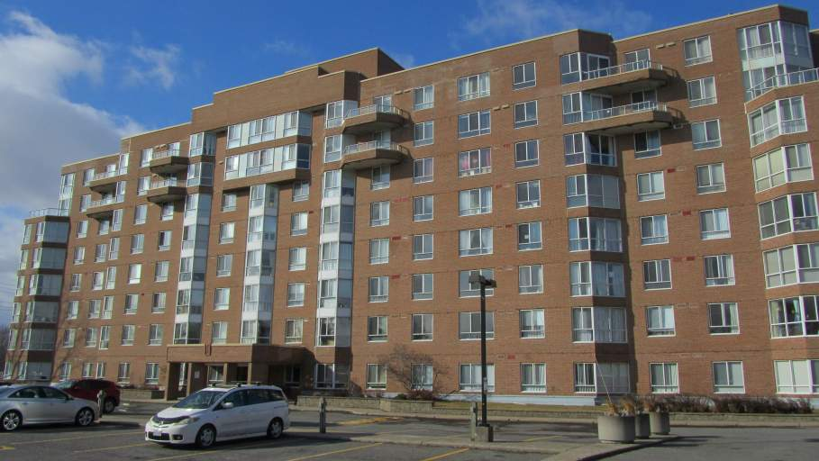 100 Medhurst Apartments
