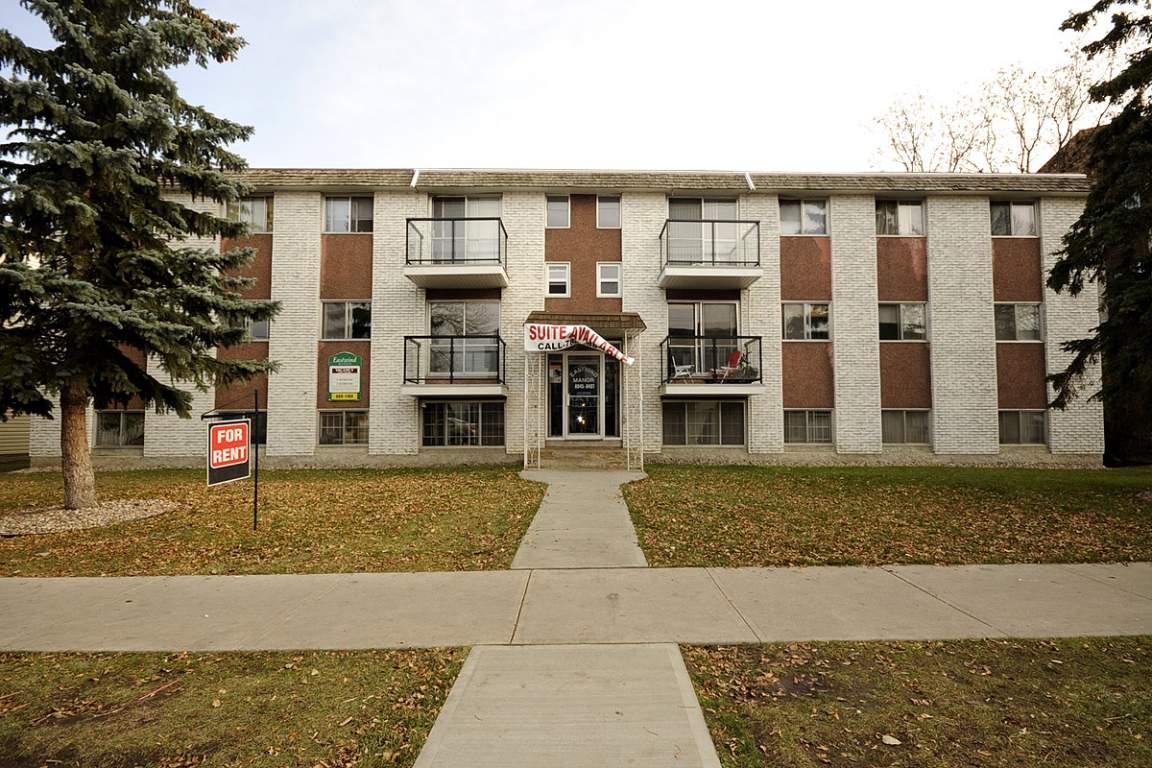 Edmonton Downtown 3 bedroom Apartment For Rent