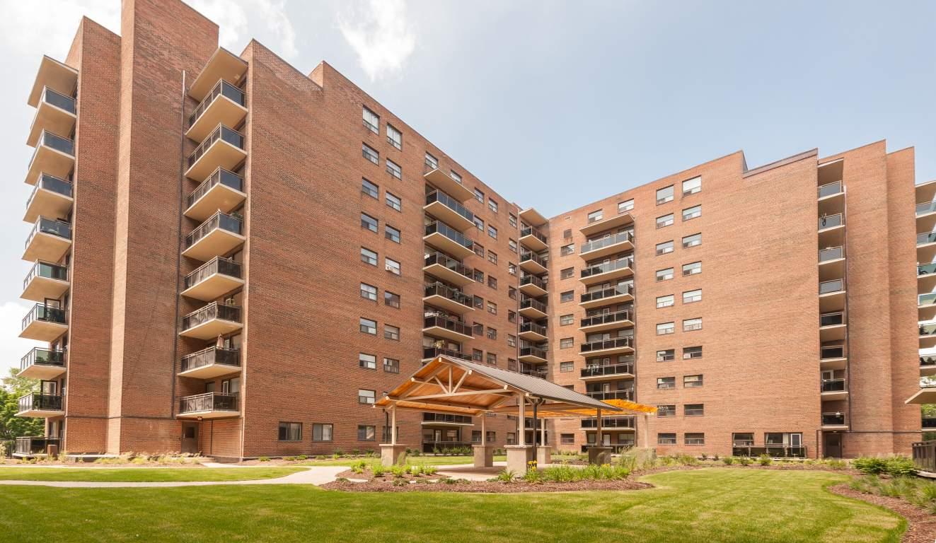 Burlington 2 bedroom Apartment For Rent