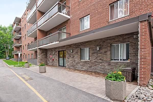 Ajax Appartement pour le loyer, cliquer pour plus de détails...