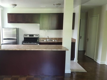 Apartment Building For Rent in  64 St Clair Avenue West - The Fleetwood, Toronto, ON