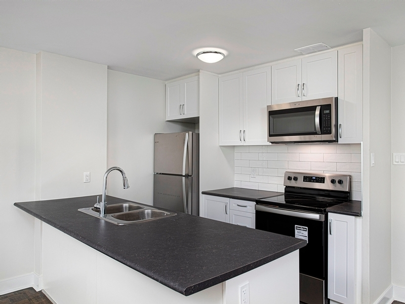 Oshawa Apartment for rent, click for more details...