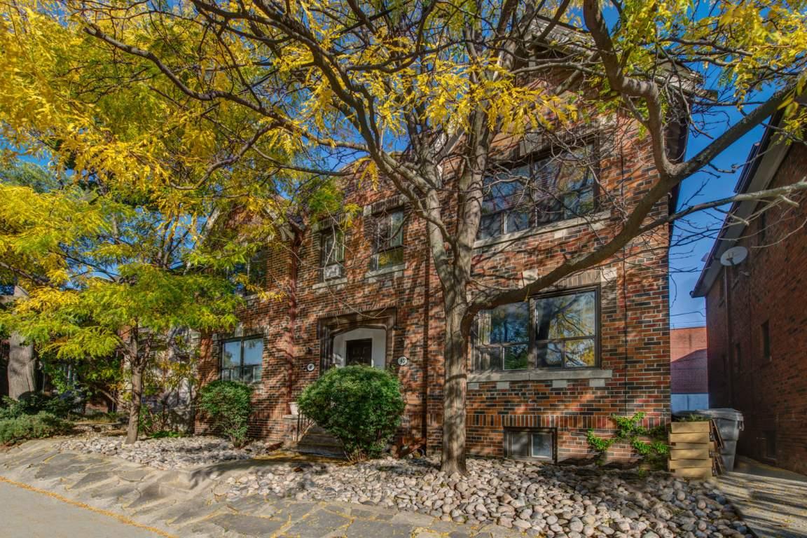 Toronto Duplex for rent, click for more details...