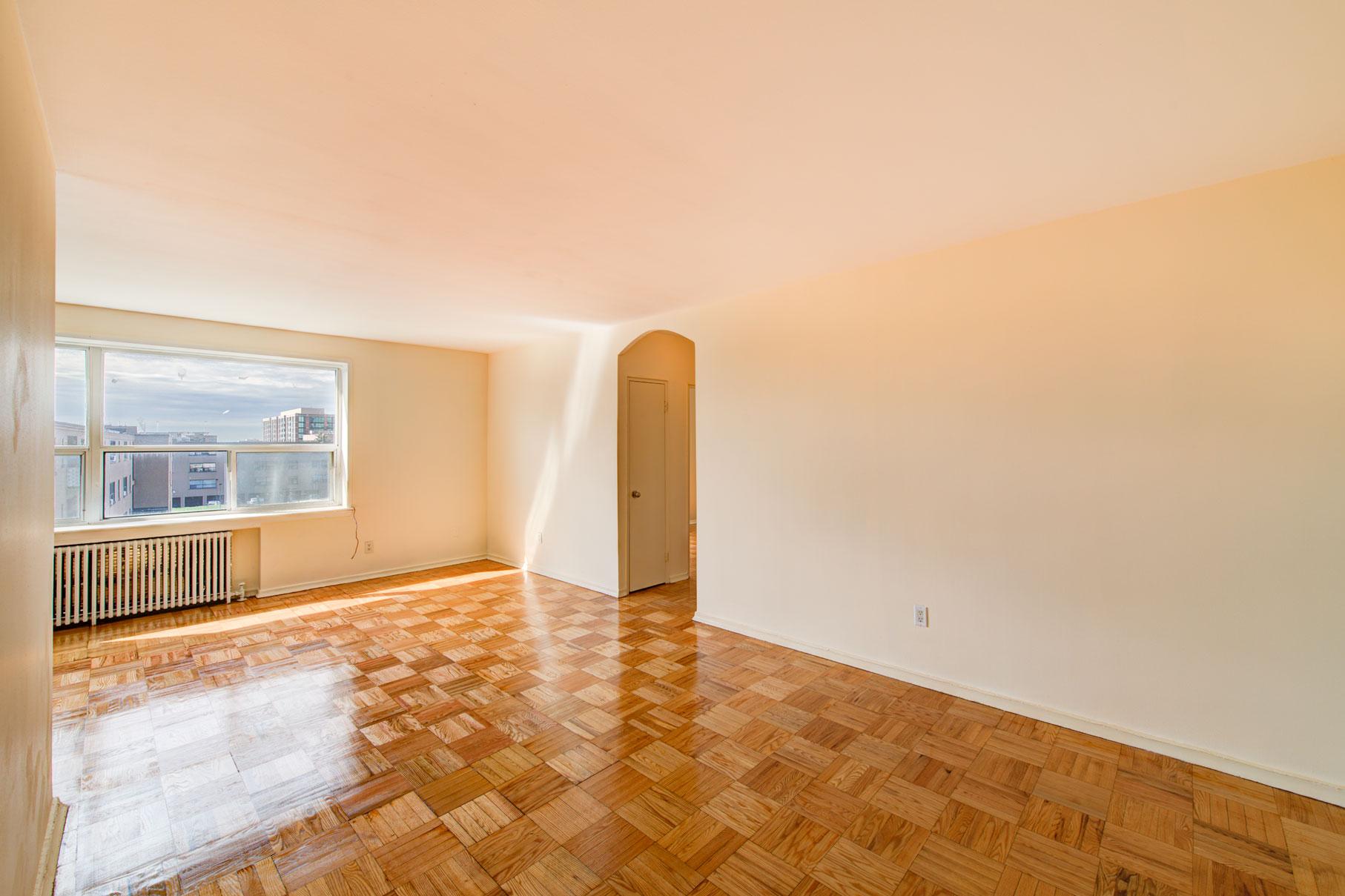 Faywood Vinci Community Toronto Apartments Compten