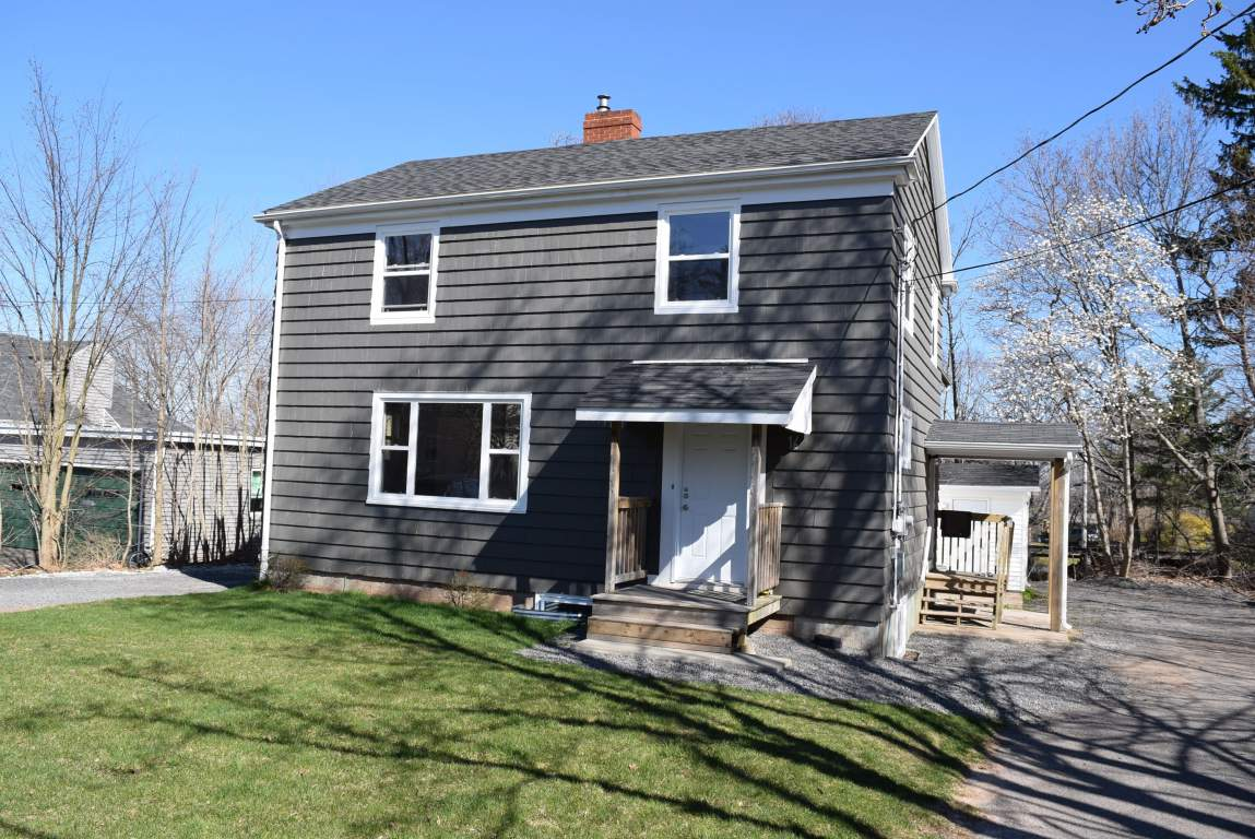 Wolfville Duplex for rent, click for more details...