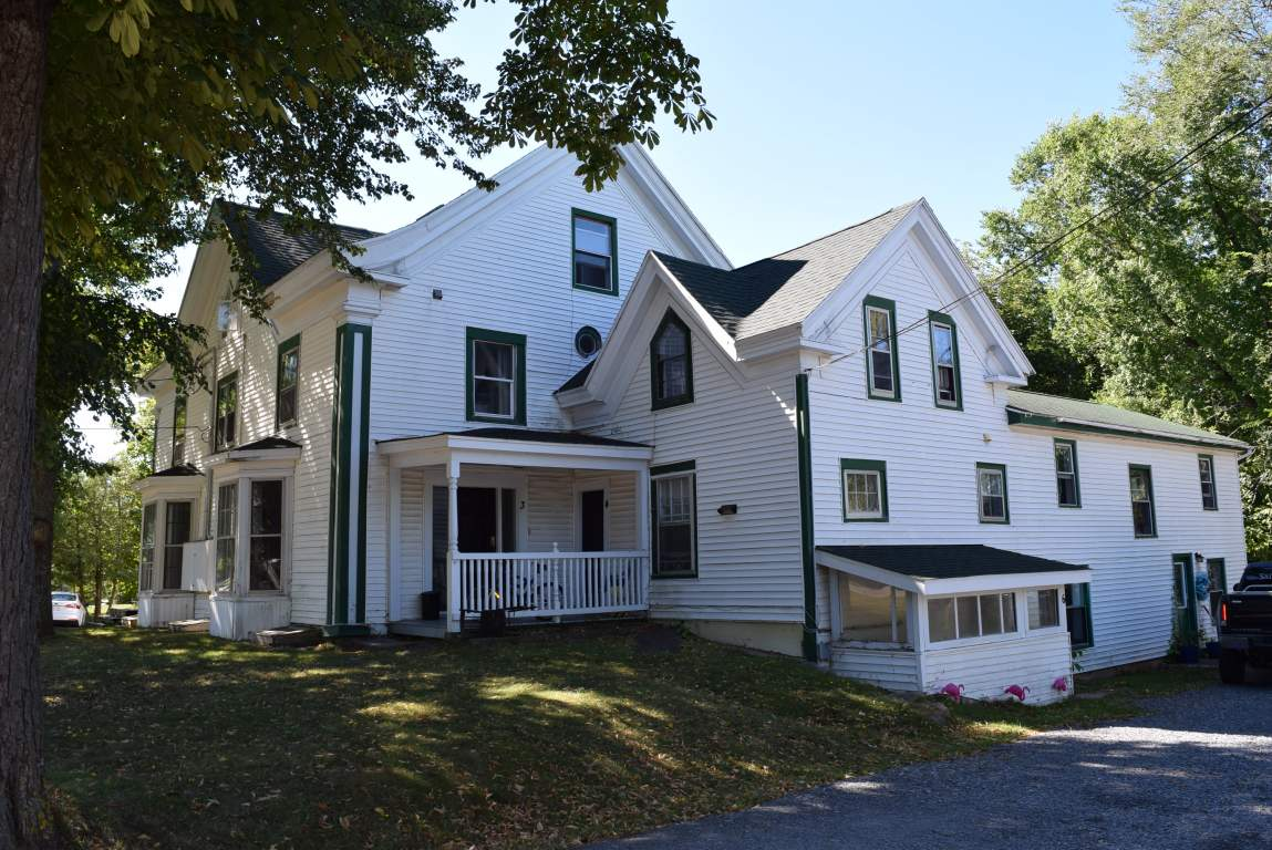Wolfville Apartment for rent, click for more details...