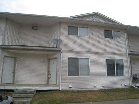 2 Bedroom Townhouse in Spruce Grove!