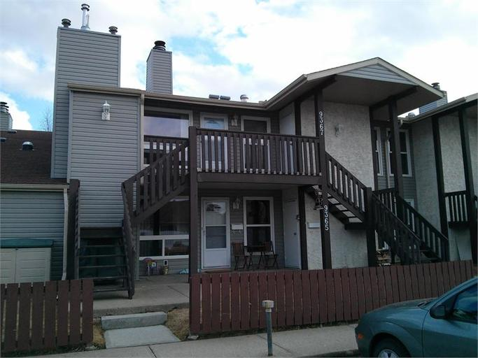 9367 172 Street - Condo in West Edmonton