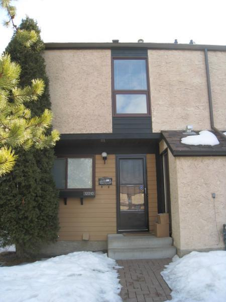 12010 25 Avenue - Townhouse in Blue Quill