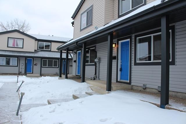 18010 98 Avenue - Townhouse in West Edmonton