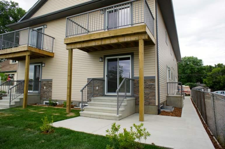 11841 97 Street - Townhouse w/ Finished Basement - Near NAIT!