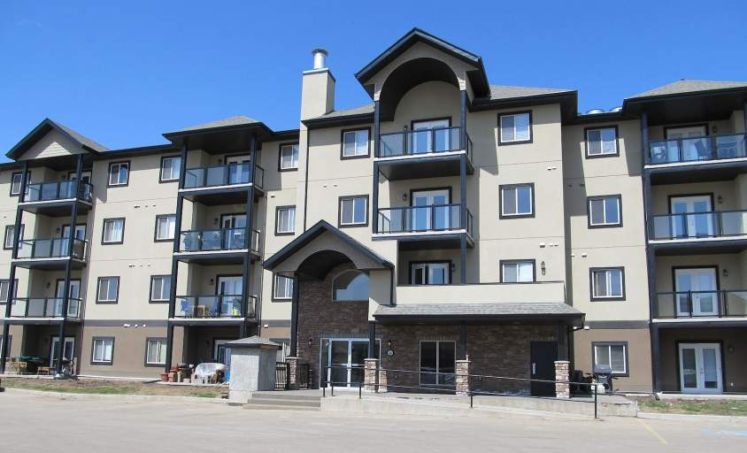 300 Spruce Ridge Road - Condo in Spruce Grove