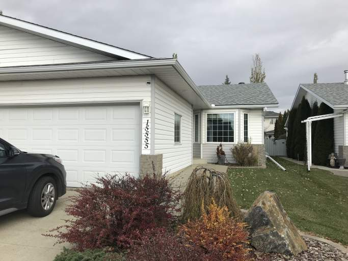 15555 59A Street - Adult Only Half Dulex in Hollick Kenyon