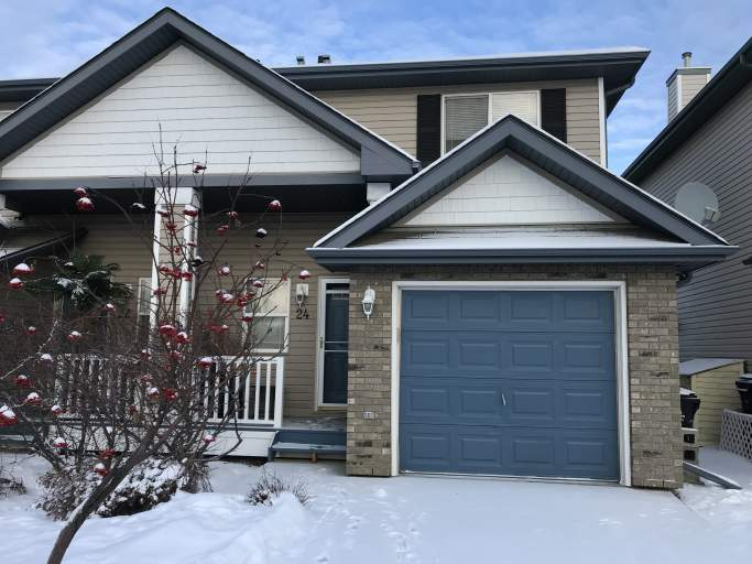 700 Bothwell Drive - Duplex in Sherwood Park