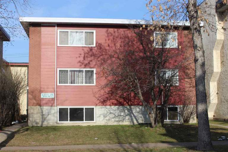 10734 108 Street - Apartments in Central McDougall