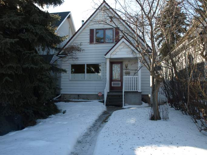 9725 93 Avenue - Home in Strathcona