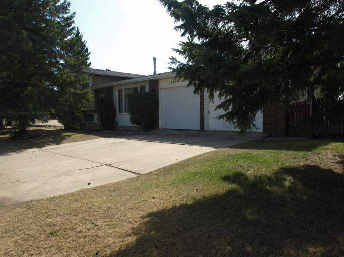 11431 35 Avenue - Home in Greenfield