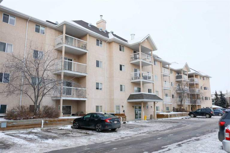 4210 139 Avenue - Condo in Clareview