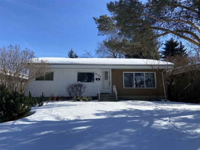 9151 150 Street - House in Jasper Park