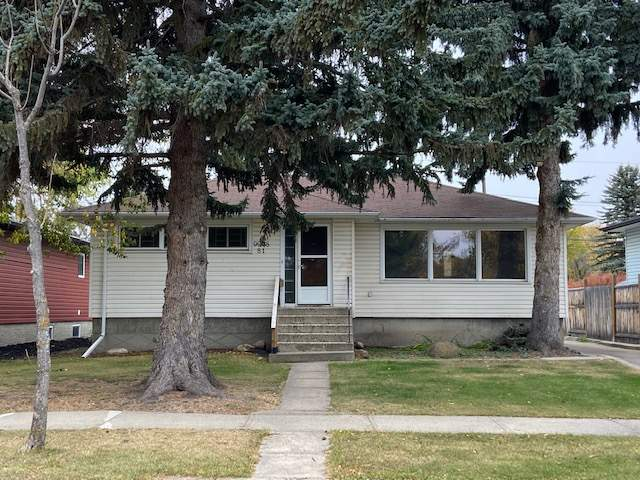 9908 81 Street - House in Forest Heights