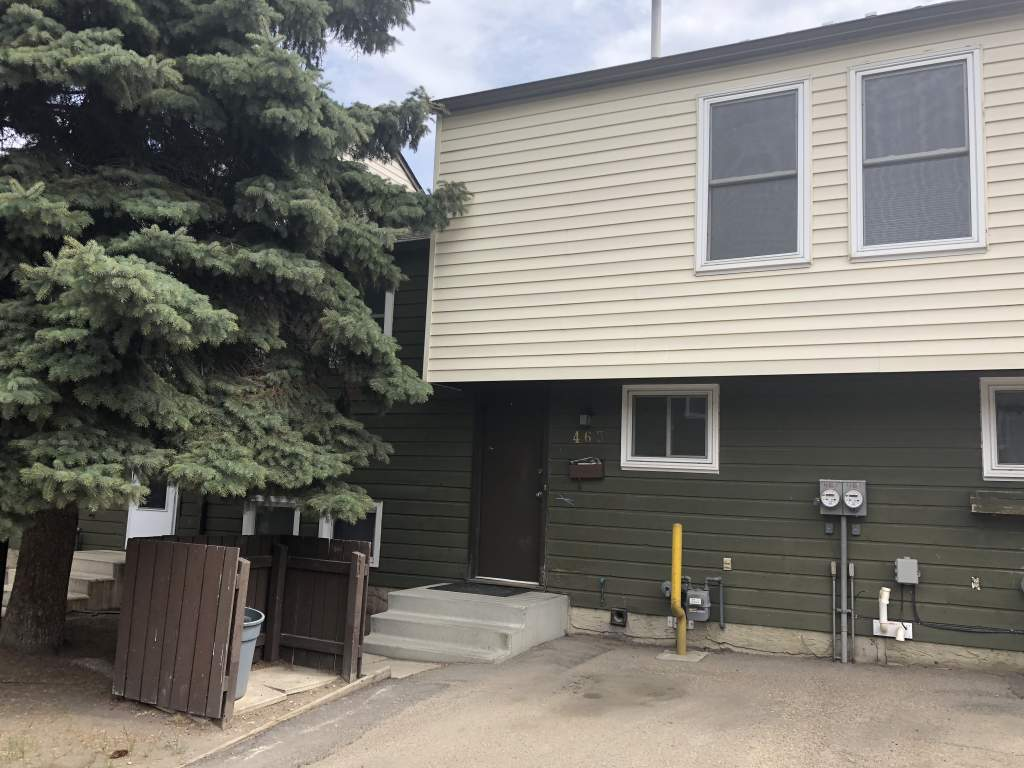 Edmonton North East 3 bedroom Townhouse