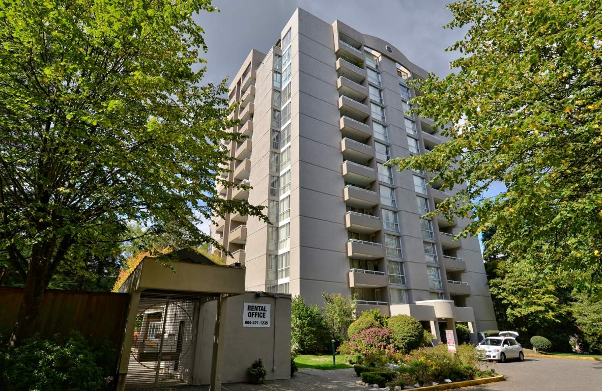 Halifax Towers Apartments