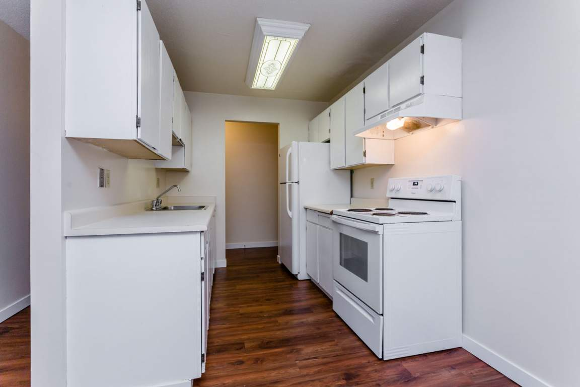 Leighton Apartments