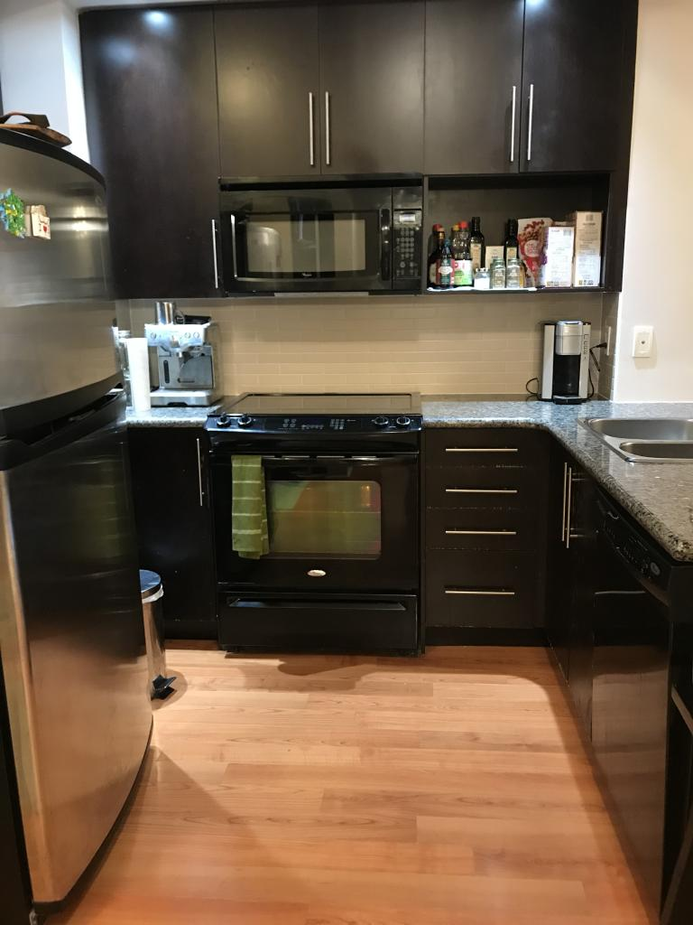 Markham Apartment for rent, click for more details...