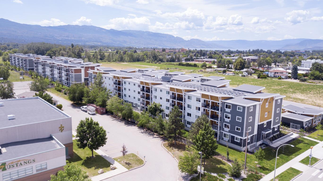 Kelowna British Columbia Apartment For Rent