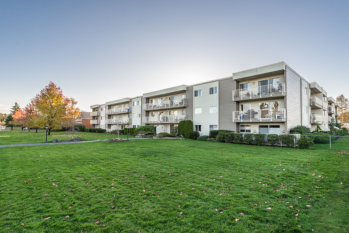 Saanichton Apartment for rent, click for more details...