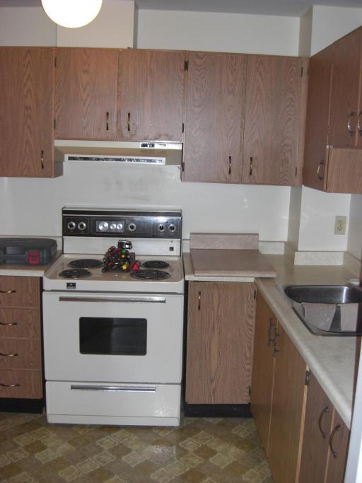 Kitchen 1 Bedroom