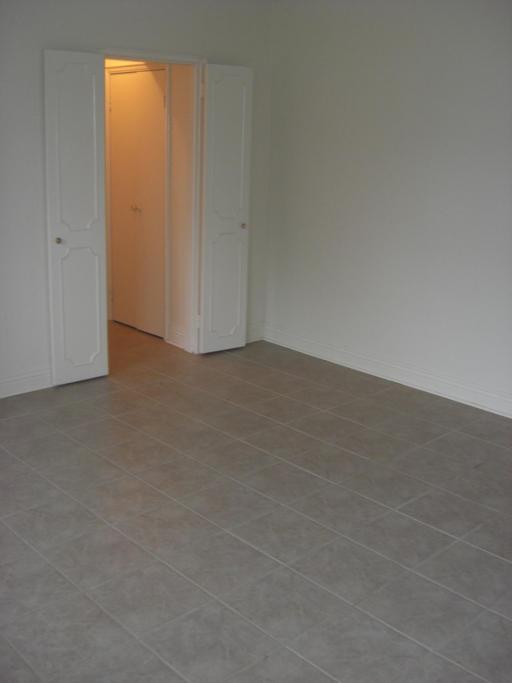 Bachelor Livingroom