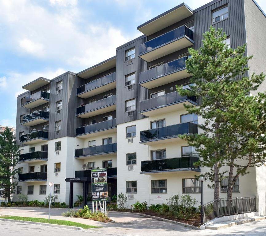 Oakville Ontario Apartment for rent, click for details...