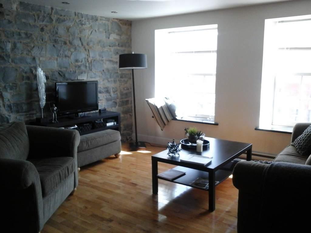 Kingston 1 chambre à coucher Appartement À louer
