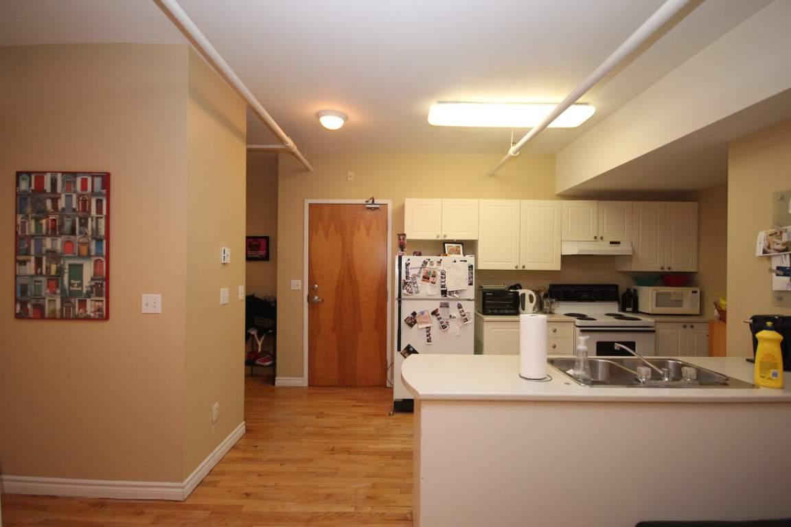 Kingston 2 bedroom Apartment For Rent