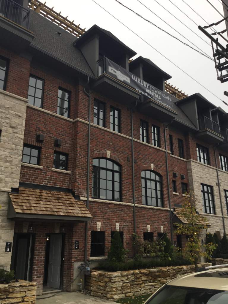 Toronto West 3 bedroom Townhouse For Rent