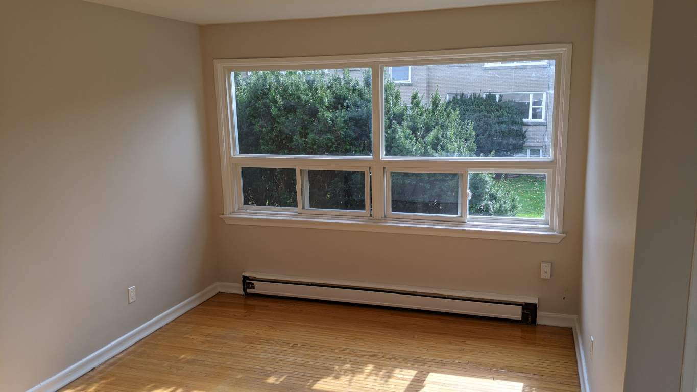 Kingston Townhouse for rent, click for more details...