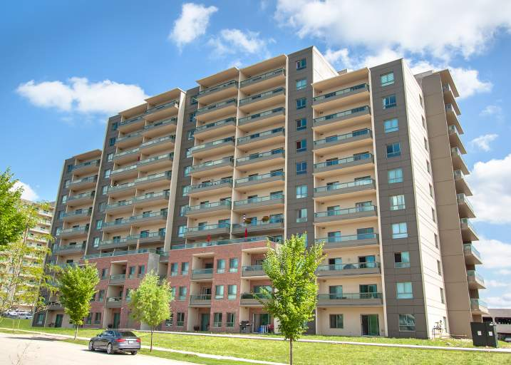 Blythwood Place II - Upscale Apartment Rentals West London Ontario