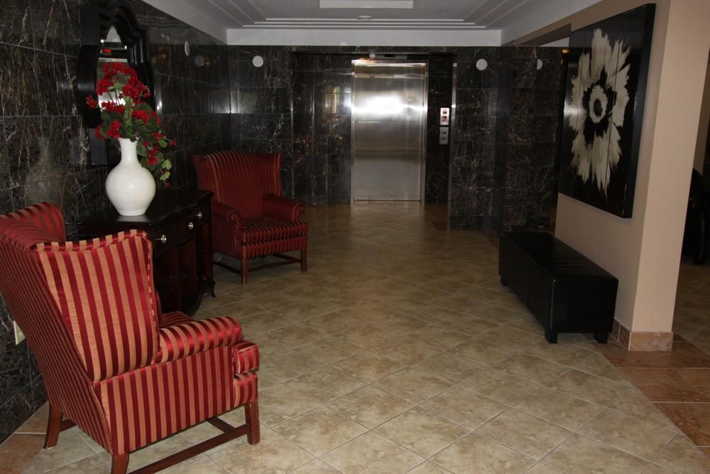 Apartments for Rent Burlington - 168 Plains Rd W - 3