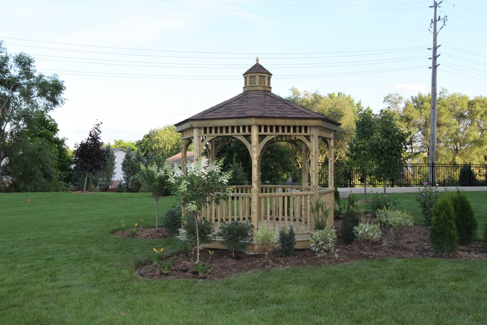 The Trillium at the Royal Gardens - 168 Plains Burlington - Gazebo