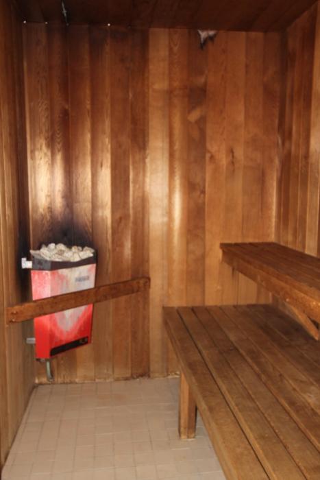 Apartments for Rent London - 720 Wonderland Rd. - Sauna