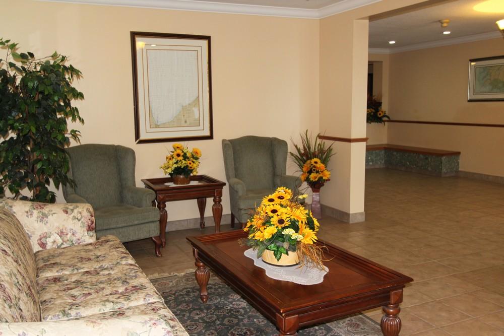 Apartments for Rent Sarnia - 1295 Sandy Ln - Lobby