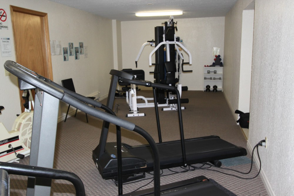 Apartments for Rent Sarnia - 1295 Sandy Ln - Fitness Room
