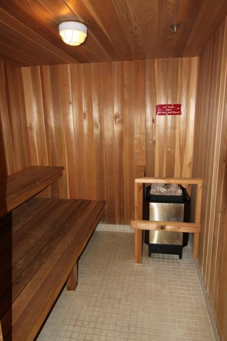 Apartments for Rent Sarnia - 1295 Sandy Ln - Sauna