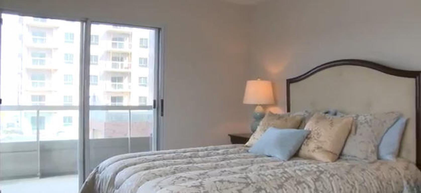 Apartments for Rent Burlington - 168 Plains Rd - Bedroom